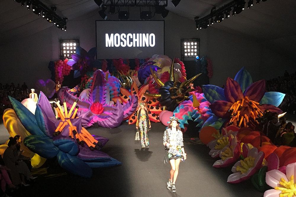 Jeremy Scott Fashion Show, Moschino Fashion Show, Moschino LA runway, LA Fashion Producers, Models, LA Fashion Week, Fashion Producers Los Angeles, LA Runway, LA Fashion Show, LA Fashion Producers, LA Runway Show, Jeremy Scott Fashion Show, Moschino Fashion Show, Moschino Runway,